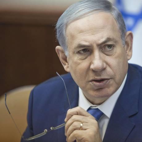 Premier Benjamin Netanyahu participa de reunião de gabinete em Jerusalém Foto: DAN BALILTY / AFP