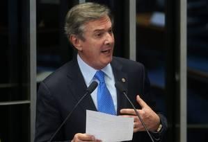 O senador e ex-presidente Fernando Collor discursa no Senado Foto: André Coelho / O Globo
