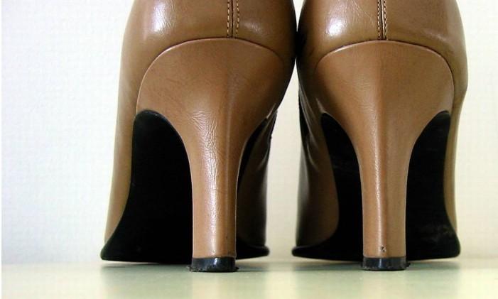 ec4dac087 Dicas para adquirir roupas e sapatos e evitar problemas com a loja ...