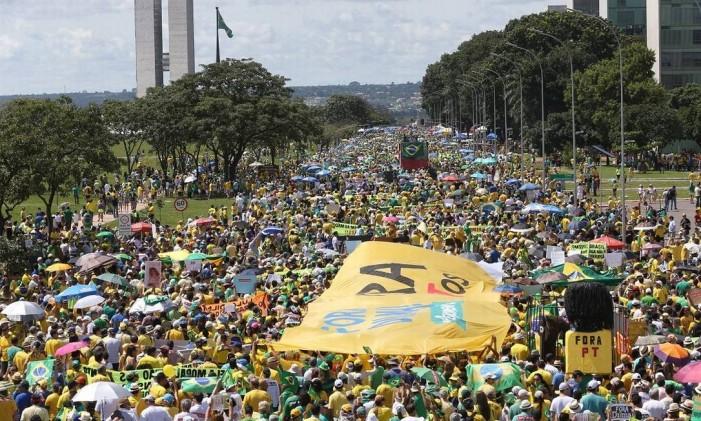 Imagem do protesto contra o governo Dilma que aconteceu em abril Foto: Ailton de Freitas / Agência O Globo