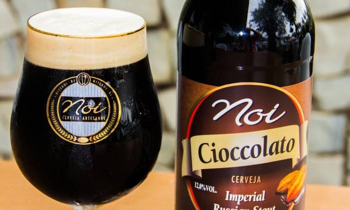 A cerveja de chocolate da cervejaria Noi, tem 12% de teor alcoólico. Foto: Divulgação