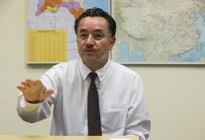 Shohret Hoshur escreveu dois artigos em sua língua natal, o uighur, que enfureceram as autoridades locais Foto: ZACH GIBSON / NYT