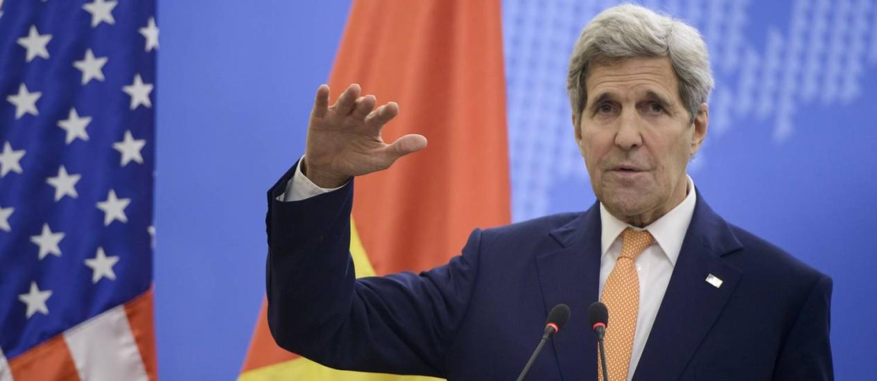 Kerry demonstrou insatisfação com colegas Foto: Brendan Smialowski / AP