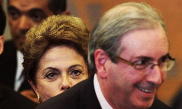 A presidente Dilma Rousseff e o presidente da Câmara dos Deputados, Eduardo Cunha, que rompeu com o governo e agora é oposição Foto: Jorge William / Jorge William/19/05/2015