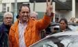Daniel Scioli, candidato kirchnerista, chega para votar nas primárias