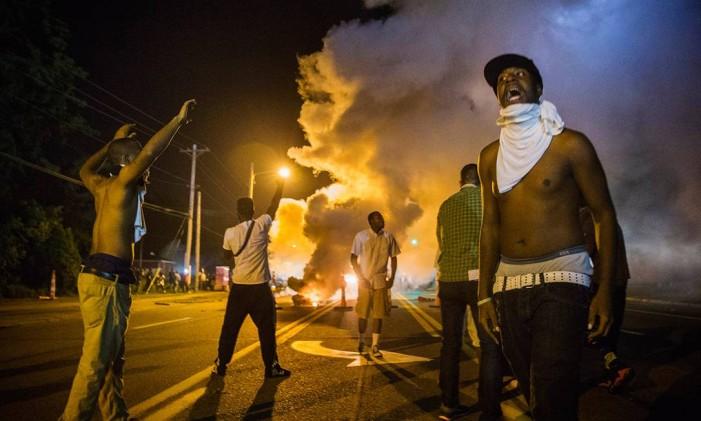 As manifestações marcaram um ano da morte de Mike Brown Foto: Reuters