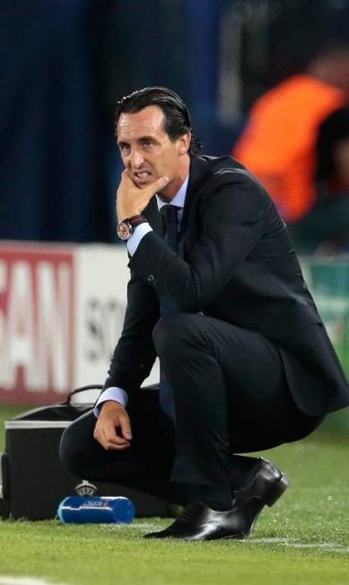 A desolação de Unai Emery com a virada do Barça Ivan Sekretarev / AP