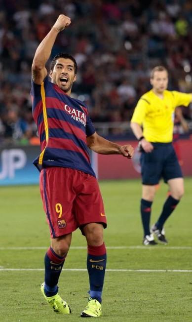 No início do segundo tempo, o uruguaio Suárez fez o quarto do Barcelona Ivan Sekretarev / AP