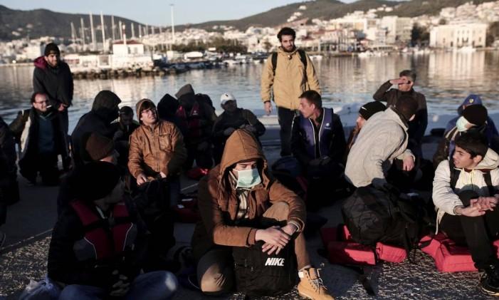 Imigrantes de zonas de conflito têm direito a refúgio Foto: ANGELOS TZORTZINIS / AFP