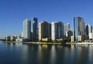 Orla de Miami, na Flórida: pacotes 30% mais baratos que há um ano Foto: Arquivo