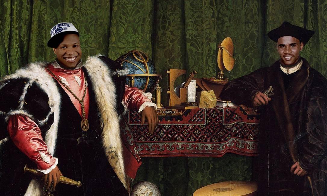 """A dupla dos anos 90 Claudinho e Buchecha em """"Os embaixadores"""", pintura de Hans Holbein, o Jovem, de 1553 Foto: Alberto Pereira"""