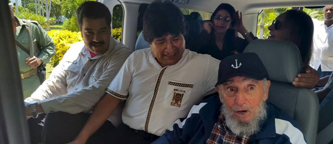 Amigos em Havana: Maduro, Morales e Fidel se reúnem Foto: Agencia Boliviana de Informacion / REUTERS