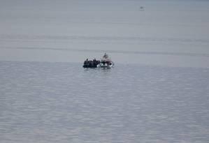 Guarda costeira turca intercepta migrantes no Mar Egeu: cena comum no último mês Foto: Lefteris Pitarakis / AP