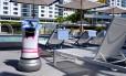 O Botrl, mordomo-robô, que trabalha na rede de hotéis Aloft