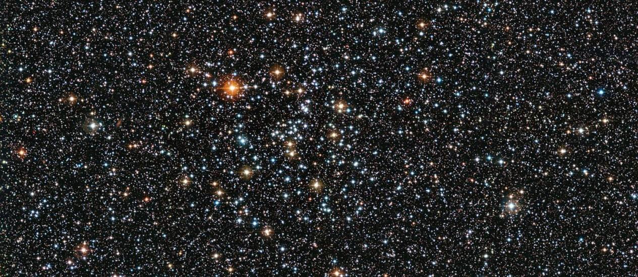 Imagem do aglomerado estelar aberto IC 4651 feita pelo telescópio de La Silla, no Chile: grupos assim são importantes maneiras dos astrônomos melhor entenderem como as estrelas se formam e evoluem Foto: ESO