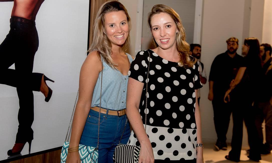 Renata Gouvêa e Mariana Sarmento, sócias da grife de bolsas Cut+Mend Foto: Divulgação