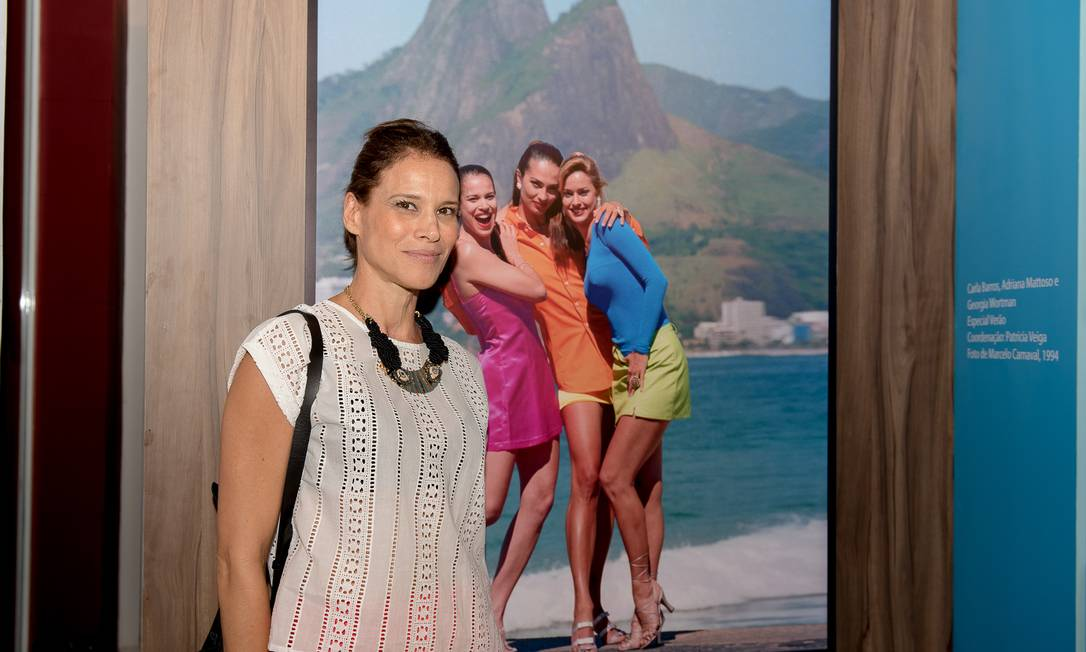 A ex-modelo Carla Barros Divulgação