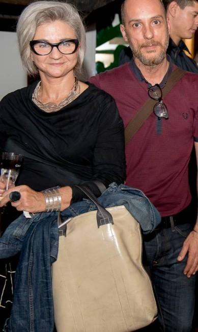 A designer de joias Monica Pondé e o produtor de moda Rogério S. Divulgação
