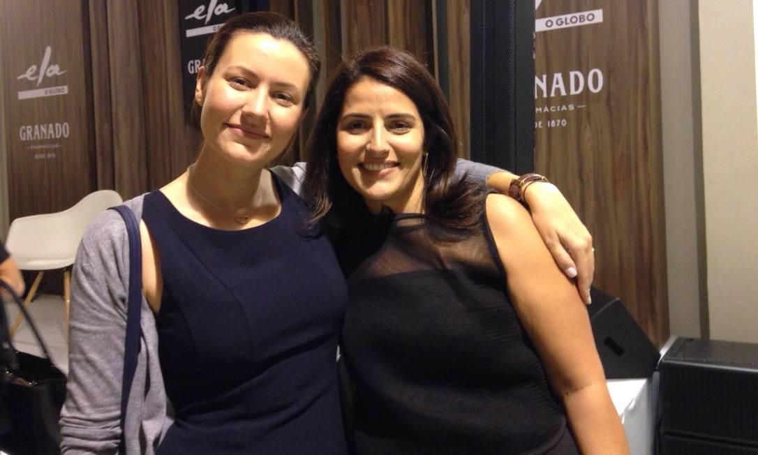 Diana Lobo, organizadora da exposição, com a editora assistente do Ela e curadora da mostra, Renata Izaal Divulgação