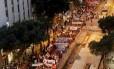 Manifestação a favor do governo Dilma ocupou a Avenida Rio Branco, no centro do Rio, na tarde desta quinta-feira.