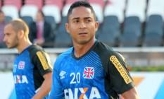 Jorge Henrique durante treino do Vasco em São Januário Foto: Divulgação