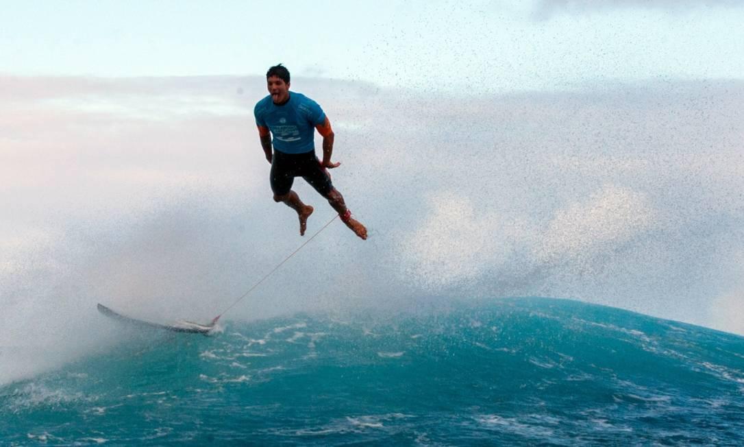 O brasileiro Gabriel Medina durante o Billabong Pro Tahiti, na Polinésia Francesa GREGORY BOISSY / AFP
