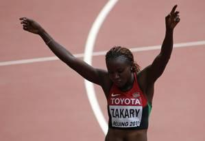 Joyce Zakary comemora sua marca nos 400m rasos, na segunda-feira: atleta do Quênia testou positivo para substâncias proibidas Foto: DAVID GRAY / REUTERS