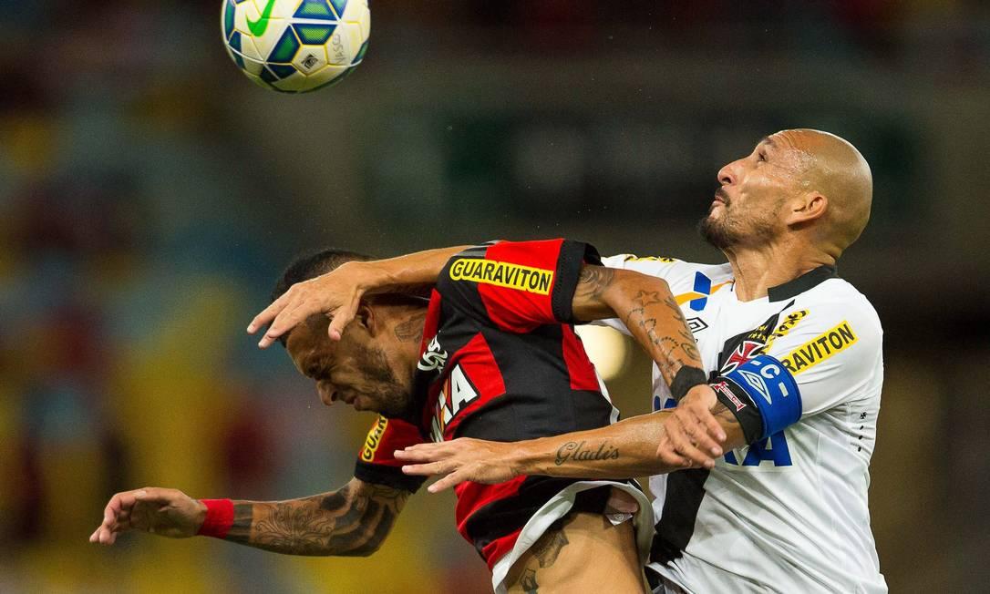 Lance de Flamengo e Vasco pela Copa do Brasil, no Maracanã Daniel Marenco / Agência O Globo