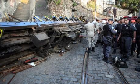 A acidente com o bondinho de Santa Teresa em 2011 Foto: Felipe Hanower / Agência O Globo