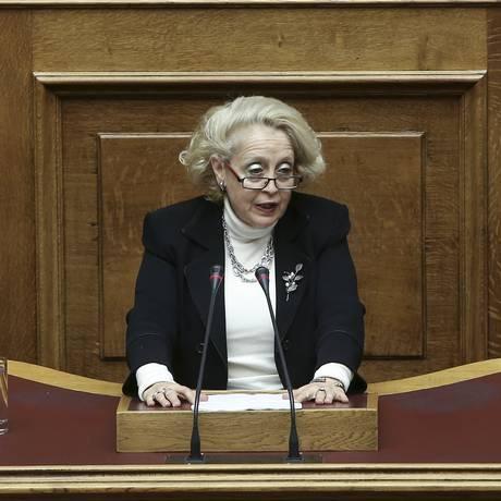 Vassiliki Thanou em sessão parlamentar: juíza será a primeira premier mulher do país Foto: INTIMENEWS / REUTERS