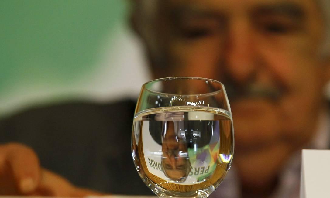 José Mujica, ex-presidente do Uruguai, recebe prêmio Personalidade Sur na ABI Marcelo Carnaval / Agência O Globo