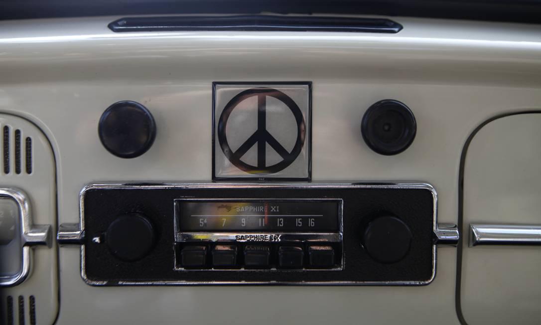 """Interior de um fusca de 1967. O clássico """"besouro"""" da Volkswagen foi produzido até 2003, em Puebla e é conhecido no México como """"vocho"""" Sofia Jaramillo / AP"""