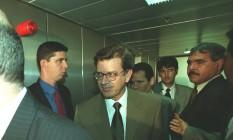 Domingos Lamoglia Dias, assessor do senador Jose Roberto Arruda, quando chegava para prestar depoimento na coregedoria-geral do senado, em 2001 Foto: Ailton de Freitas/23-04-2001 / Agência O Globo