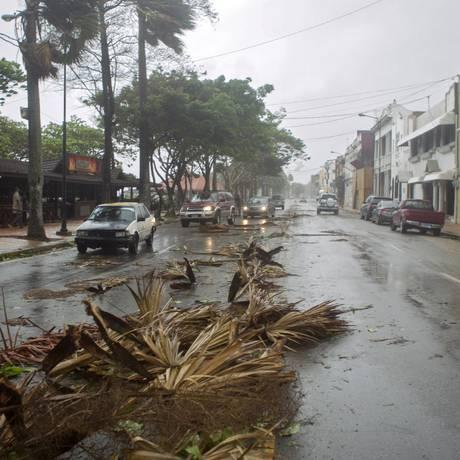 Tempestade levou fortes ventos a Santo Domingo, na República Dominicana Foto: ERIKA SANTELICES / AFP