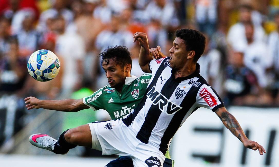 O Fluminense correu atrás e buscou o empate, mas acabou perdendo por 2 a 1 Guilherme Leporace / Agência O Globo