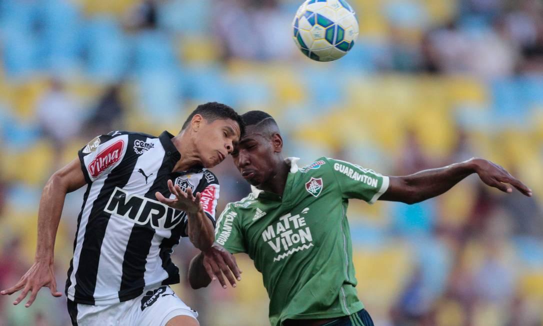 A derrota deixou o Fluminense fora do G-4 do Brasileiro Pedro Kirilos / Agência O Globo