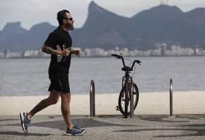 Caminhada diária pode reduzir riscos de doenças do coração e retardar envelhecimento do DNA Foto: Gustavo Stephan / Agência O Globo