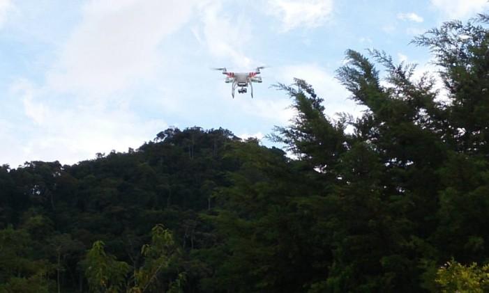 Drone sobrevoa no distrito de Salinas, em Nova Friburgo, na Região Serrana do Rio Foto: Divulgação Rio Rural / SEAPEC