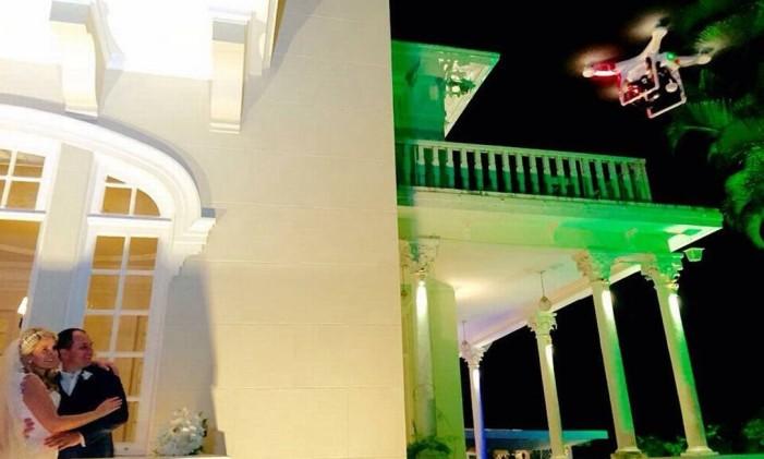 Noivos durante casamento no Alto da Boa Vista Foto: Divulgação / Foto Studio