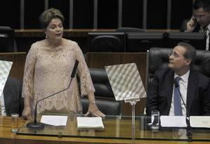 Dilma Rousseff e Renan Calheiros Foto: Givaldo Barbosa/01-01-2015 / Agência O Globo