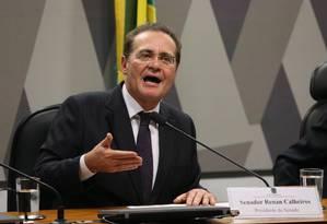 O presidente do Senado, Renan Calheiros, instala comissão especial para analisar Agenda Brasil Foto: Ailton de Freitas / Agência O Globo