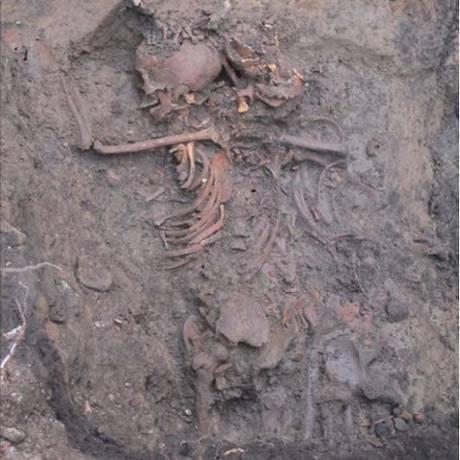 Um dos corpos encontrados pelos arqueólogos Foto: Universidade de Durham
