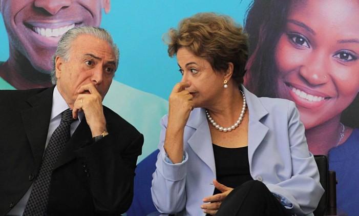 A presidente Dilma Rousseff e o vice-presidente Michel Temer Foto: Jorge William/11-08-2015 / Agência O Globo