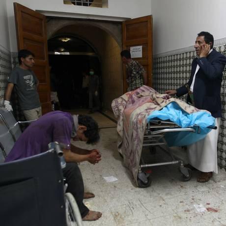 Iemenitas têm sido alvo de ataques do Estado Islâmico contra áreas xiitas Foto: MOHAMMED HUWAIS / AFP