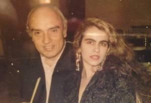 """Luz e Ariadne, quando namoravam: hoje, ela diz que ele """"com certeza estará"""" atrás de grandes negócios Foto: Reprodução/1993"""