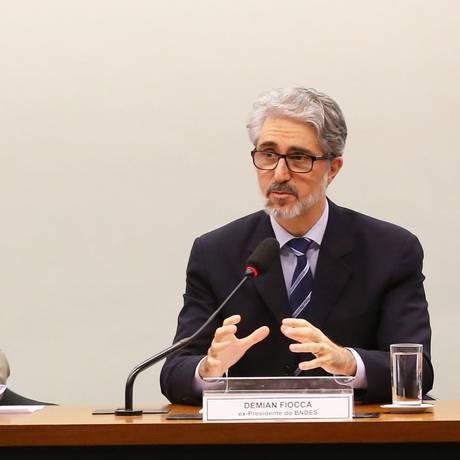 CPI do BNDES para ouvir depoimento do ex-presidente do banco Demian Fiocca (à direita) Foto: Ailton de Freitas / Agência O Globo