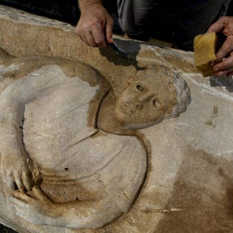 """Sárcofago é um """"um dos mais importantes e bonitos"""" encontrados em Israel, disse porta-voz do Governo Foto: AP"""