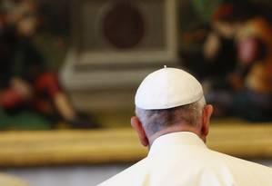 Para o bispo Rafael Zornoza, o Papa Francisco já deixou claro que os transgêneros são contra a 'natureza dos homens' Foto: Riccardo de Luca / AP