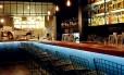 Balcão. O Shout, bar no Centro de Buenos Aires, que se destaca pelos drinques batizados com gírias