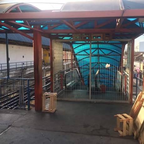 Escadas rolantes paradas na estação ferroviária de Madureira Foto: Foto de leitor enviada para o WhatsApp do GLOBO